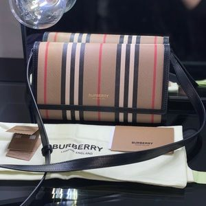 NEW! Burberry Icon Striped Wallet / Crossbody Bag